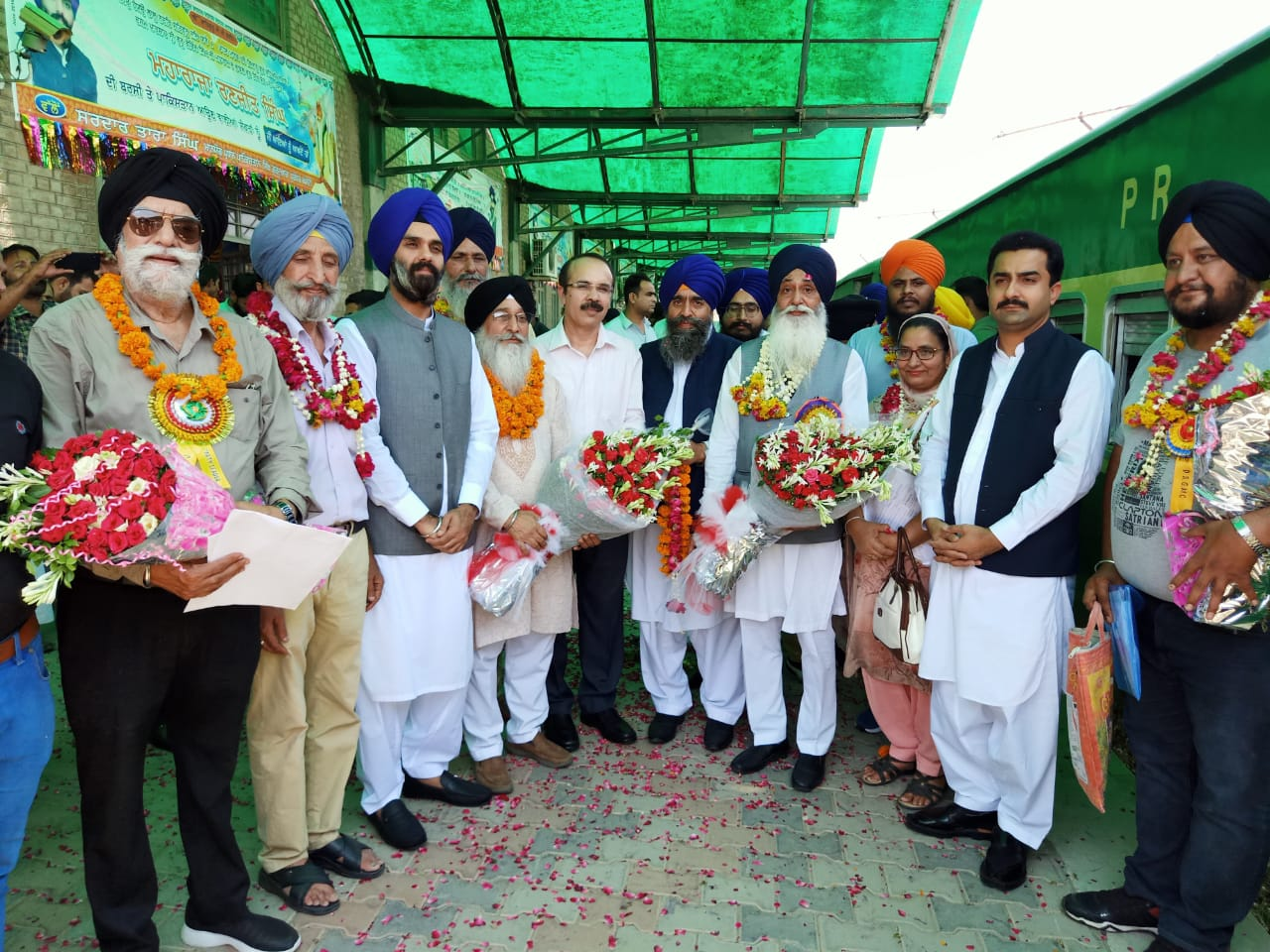Sikh Pilgrimiges Welcomed in Pakistan