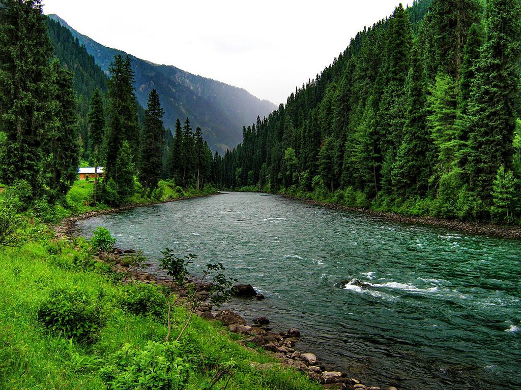 Neelum Valley Azad Kashmir Honeymoon Tour Package (5 Days 4 Nights)