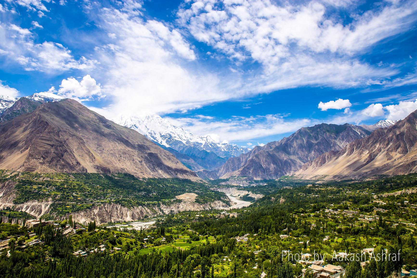 Gilgit Hunza Naran Honeymoon Tour Package (6 Days 5 Nights)